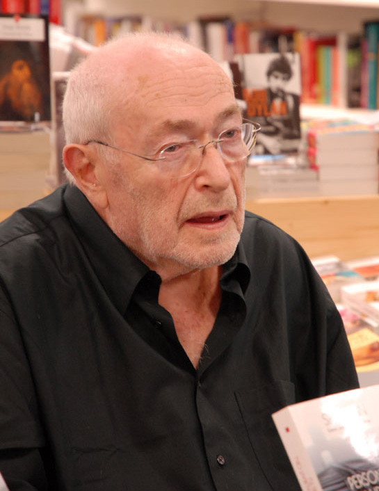 Sam at the volcans bookshop in Clermont-Ferrand